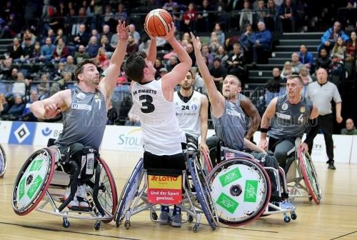 Playoff-Halbfinale BG Baskets Hamburg -  RSV  Lahn-Dill am 08. Dezember 2019 (© MSSP - Michael Schwartz)